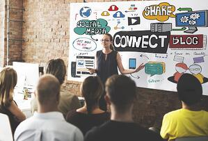 5 HubSpot Integrations to Facilitate Employee Advocacy