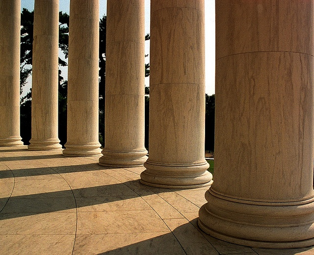 8 Pillars of Delight - Retain Customers and Get Referrals
